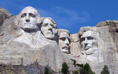 I leader tribali chiedono la rimozione del monumento del monte Rushmore